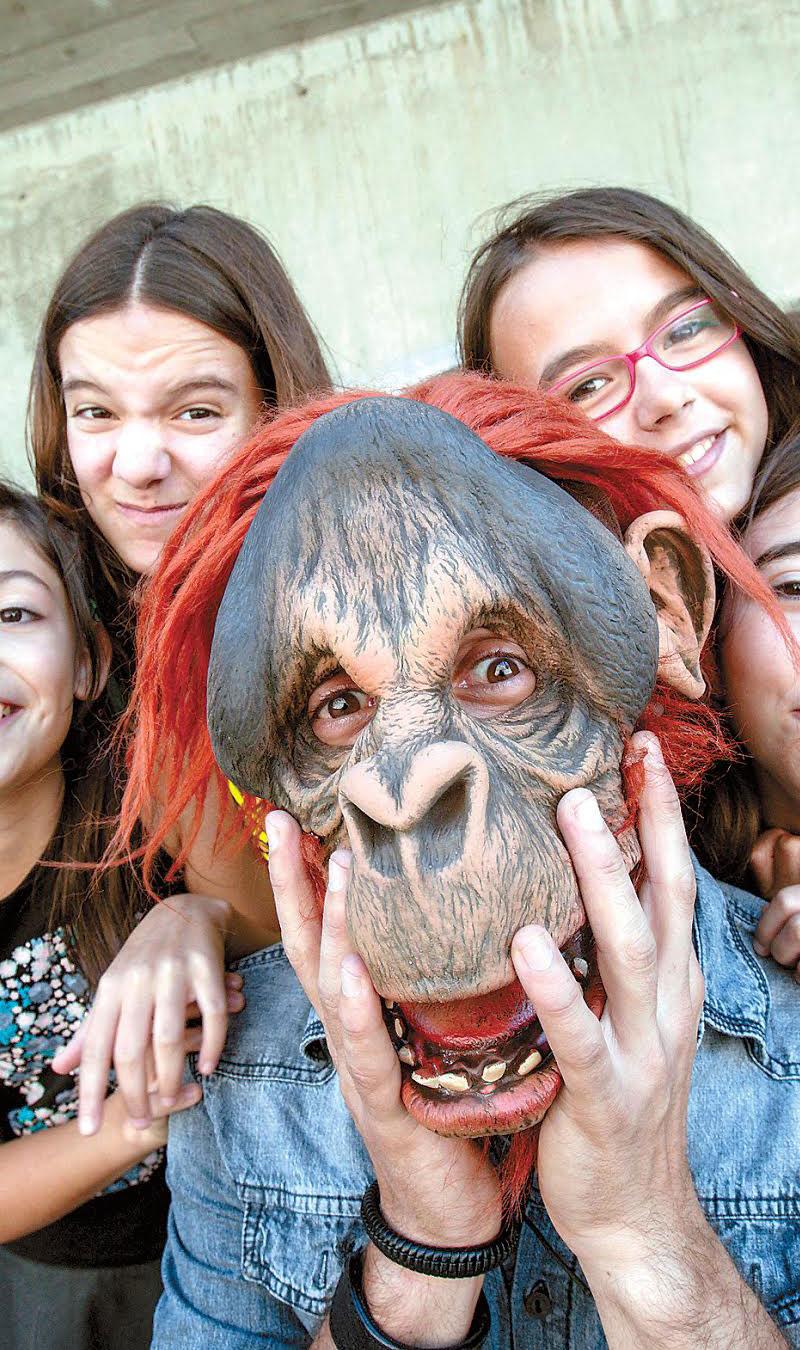 Mención especial DOCENTE al Profesor Gonzalo Maceira, de Estudo Bonobo (Pontevedra)