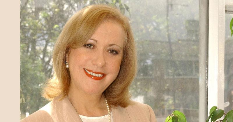 Mención de honor: Dra. Vicky Colbert, directora y fundadora de la Fundación Escuela Nueva